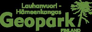 Lauhanvuori-Hämeenkangas Geopuiston logo, jossa geopuiston nimi vihreällä tekstillä valkoisella pohjalla, oikeassa yläreunassa tyylitelty kuusi.